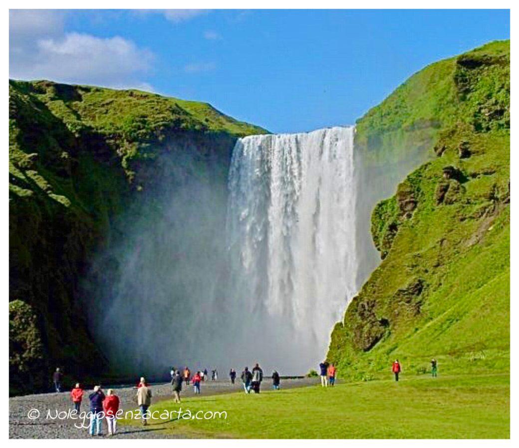 location voiture Islande sans carte de crédit