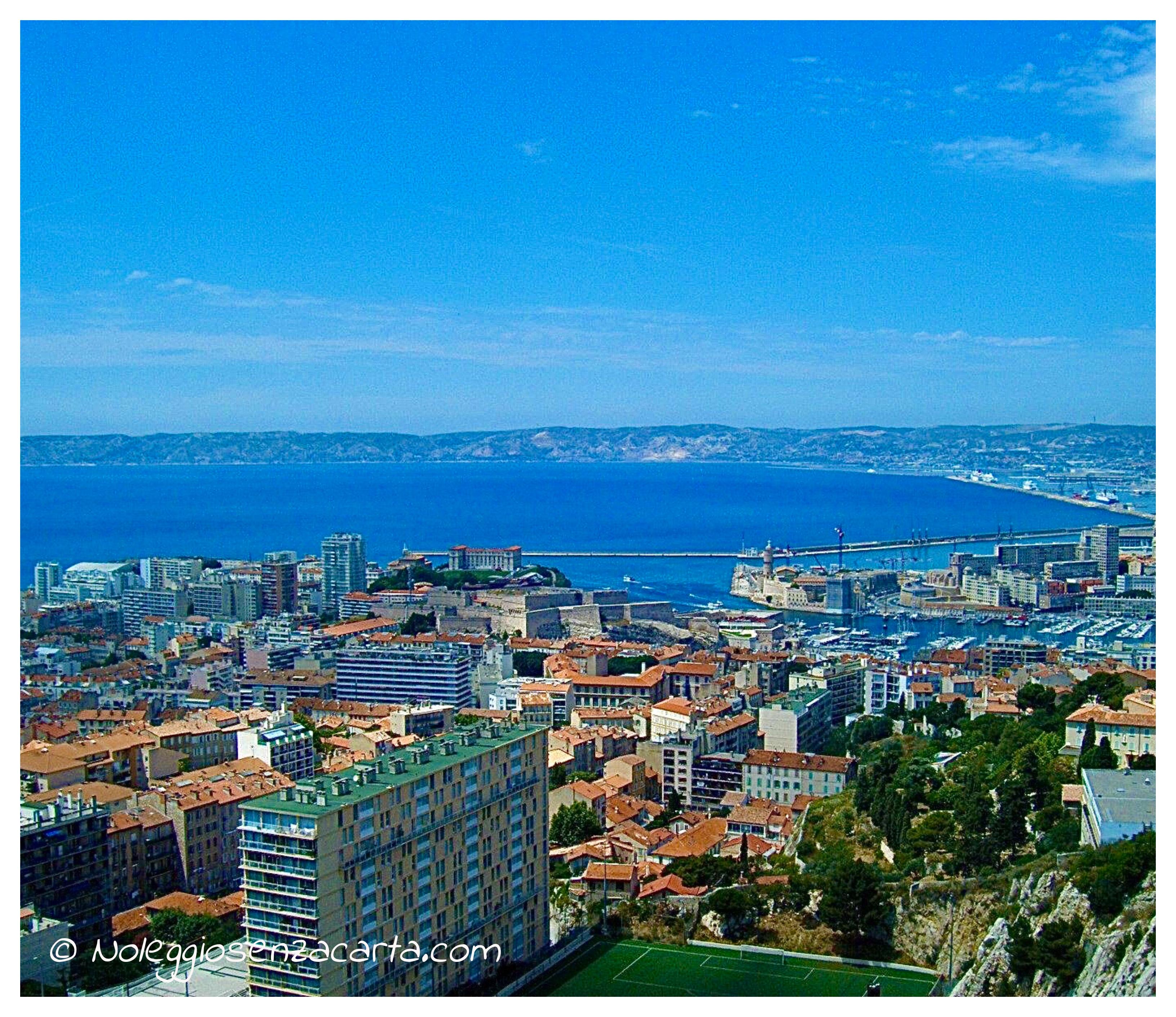 Location voiture Marseille sans carte de crédit