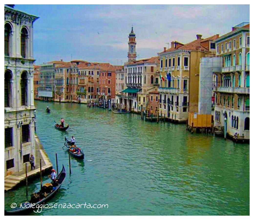 Location voiture Venise sans carte de crédit