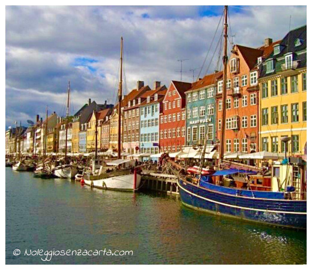 Location voiture sans carte de crédit à Copenhague - Danemark