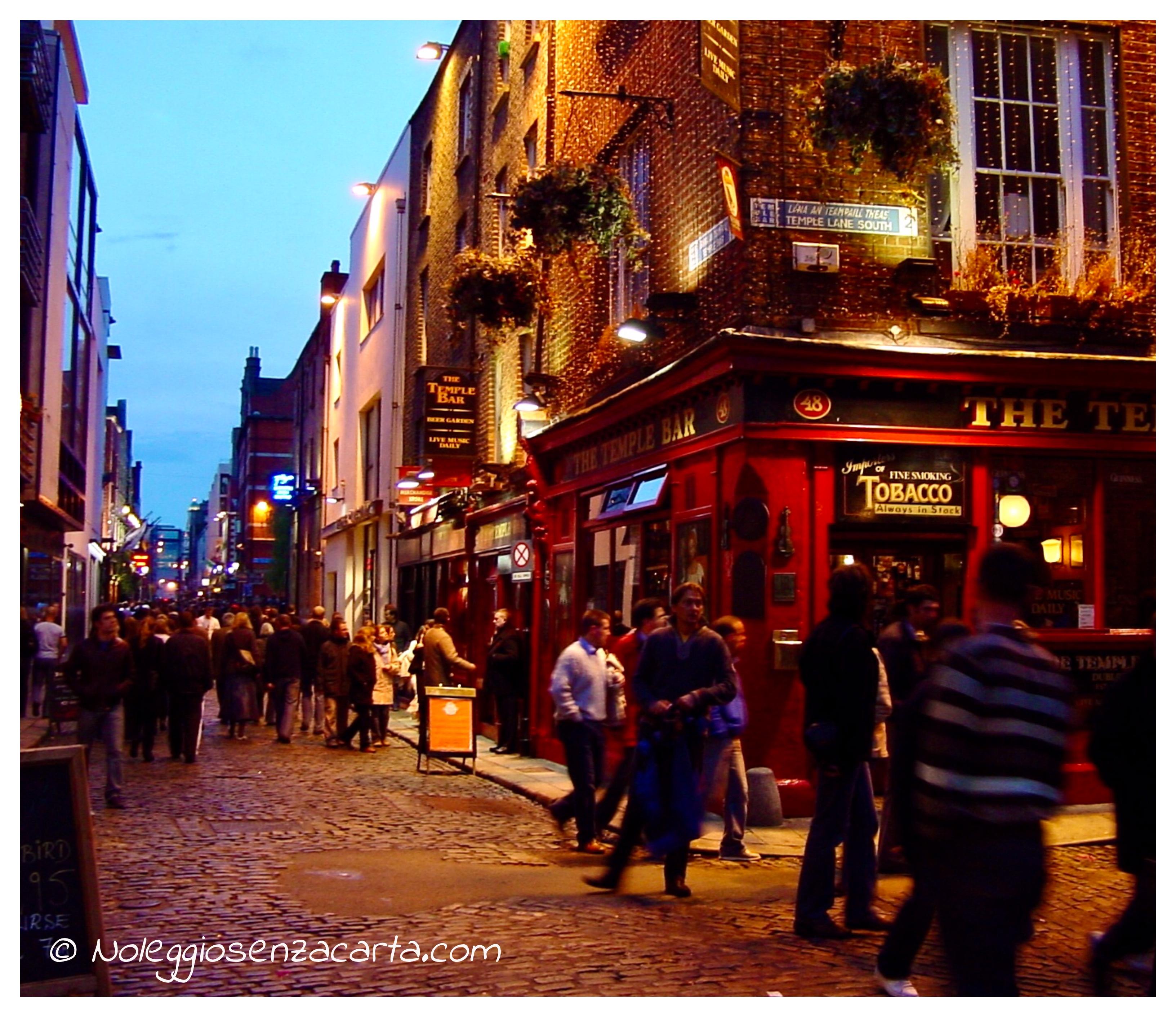 Location voiture sans carte de crédit à Dublin