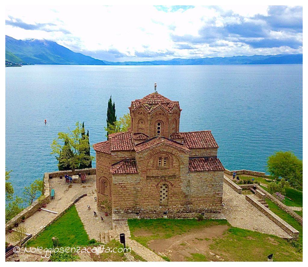 Location voiture sans carte de crédit en Macédoine du nord