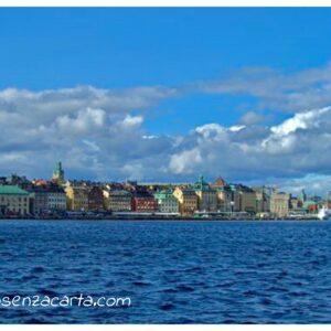Location voiture sans carte de crédit à Stockholm – Suède