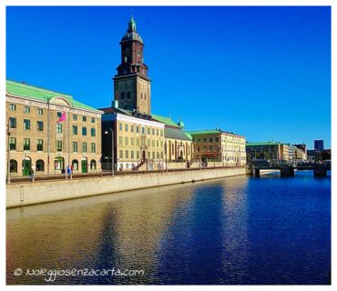 Location voiture sans carte de crédit à Stockholm - Suède